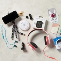 /category/tech-accessories
