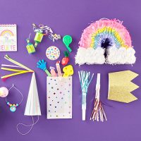 /category/party-favors-games