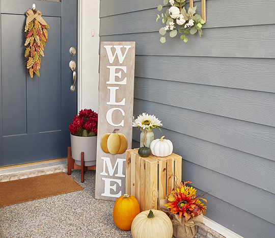 Front door harvest, fall and thanksgiving items